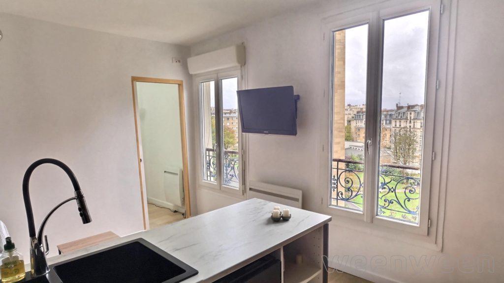 Paris 18 Lamarck-Caulaincourt 2 pièces 28m2 358000€