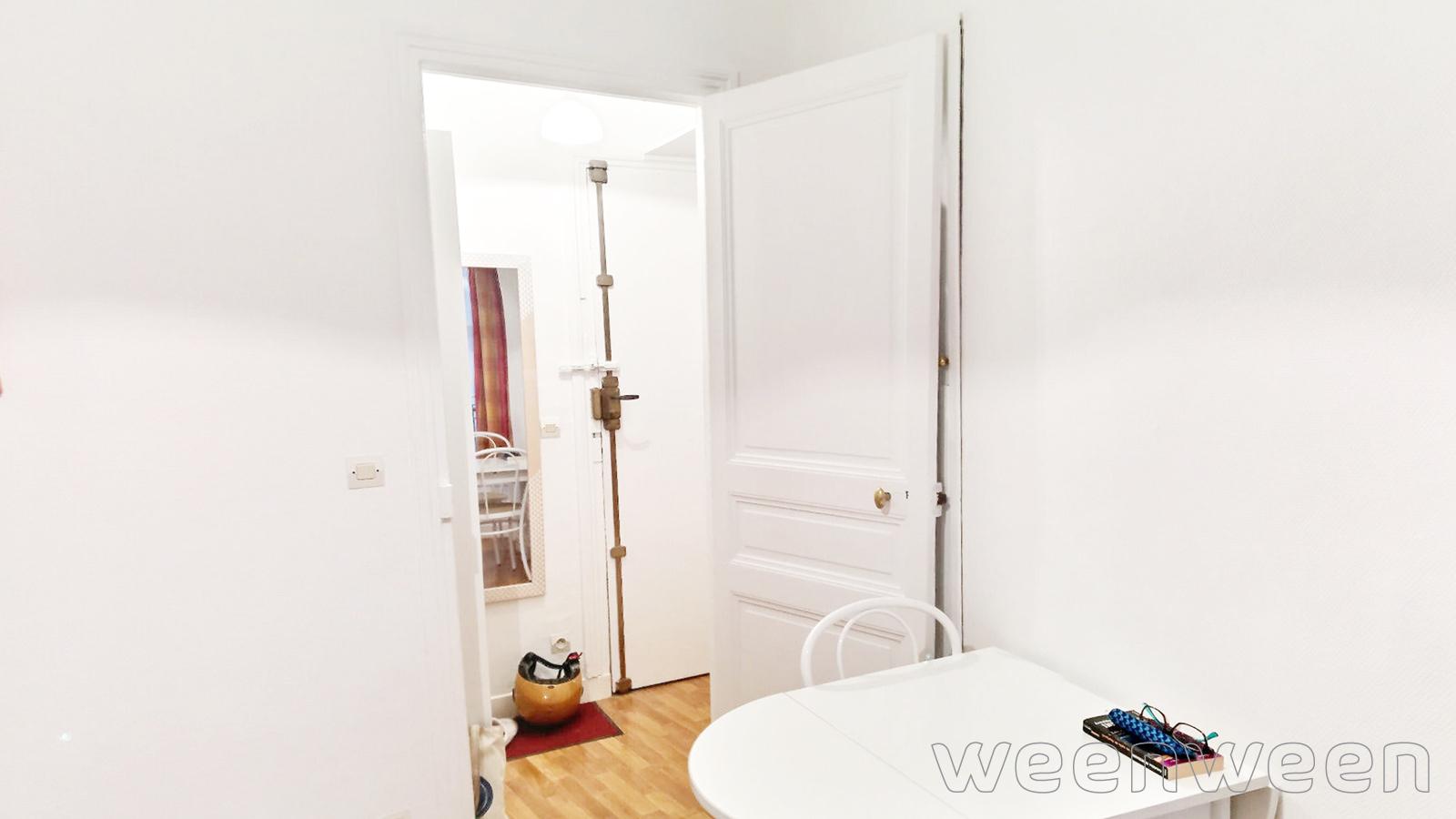 0015-03-salon