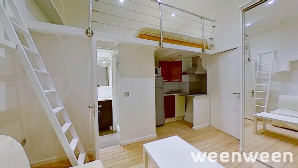 Paris 8 Villiers Monceau Studio 20 m2 RDC sur rue 253000€
