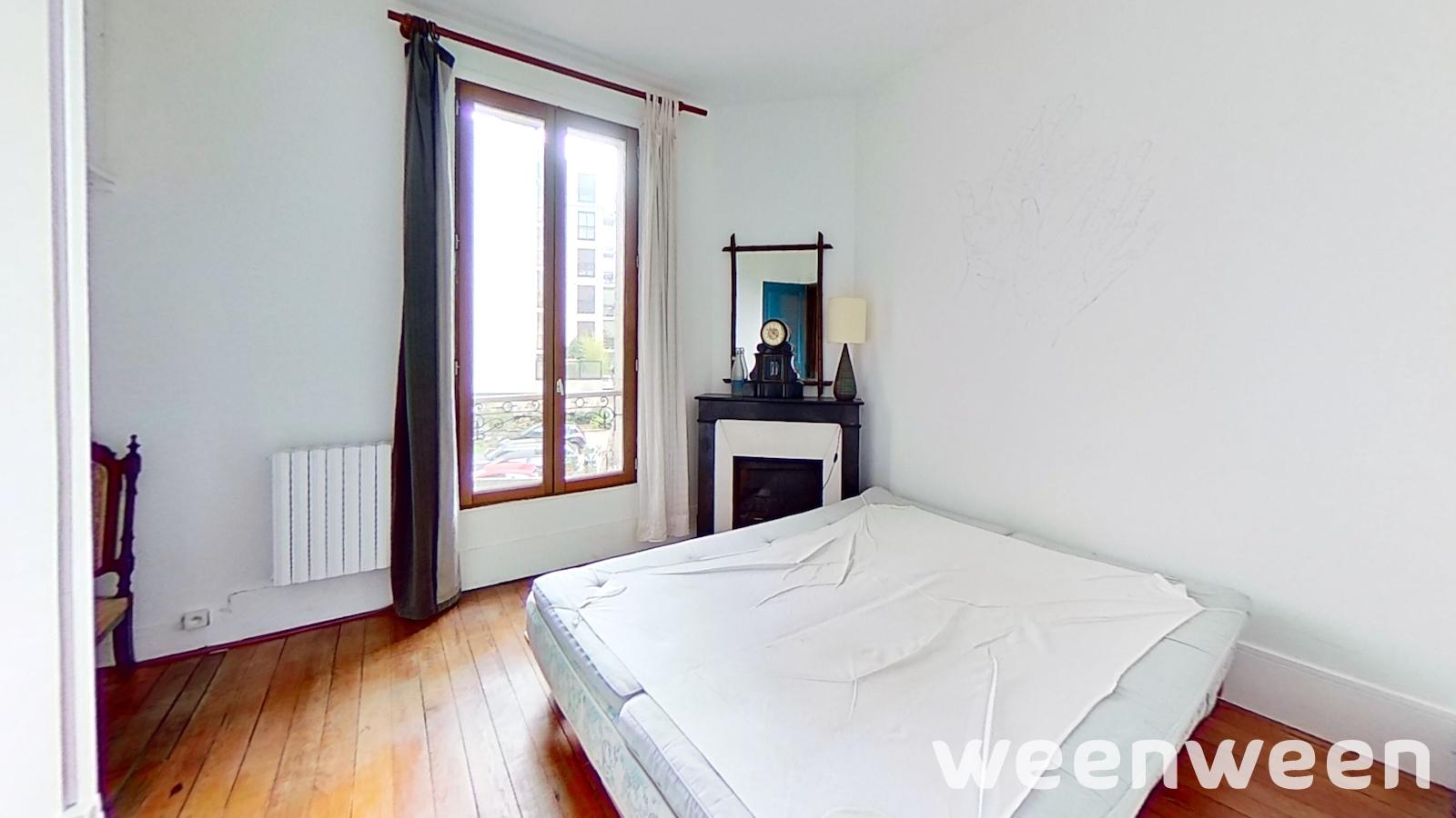0023-06-etage1-chambre